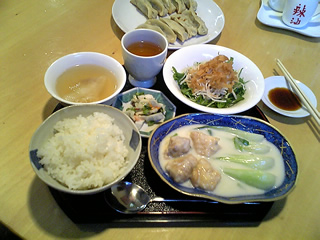 20061121_tyouraku_lunch.jpg
